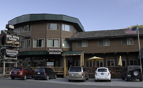 Cooke City Montana Accommodations Go Northwest Travel Guide