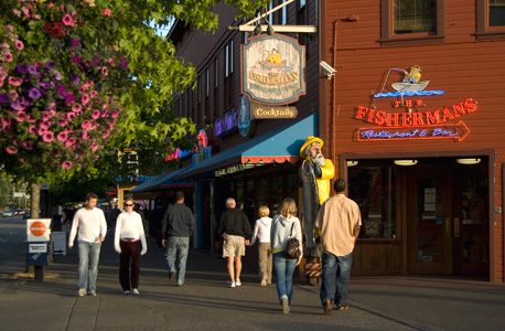 Seattle Waterfront Restaurants Cafes And Bistros Go
