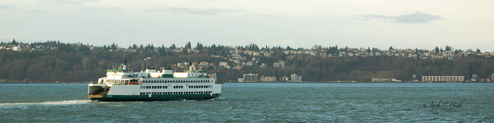 Ferry leaving Seattle in Puget Sound